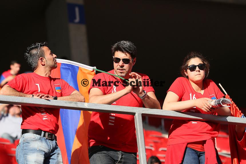 mitgereiste Fans aus Armenien - Deutschland vs. Armenien in Mainz