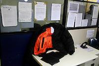 Rio de Janeiro,20 de julho de 2012- No início d a tarde dessa sexta-feira(20) o taficante Gutemberg da Silva de Oliveira que particpou do resgate do traicante DG na 25ªDP foi capturado por policiais do seviço reservado (P2) do 41ª BPM na  comunidade do Jacaré.O preso foi levado para  25ªDP no Rocha zona  norte do RJ sob forte esquema de segurança, por policias civis.<br /> O Traficante foi levado para IML e onde seguirá para o complexode presídios de Bangú.O traficante será  indiciado  também pelo uso de jaquete, balística, de  comercialização  proibida e sem venda  no Brasil .<br /> Guto Maia Brazil Photo Press