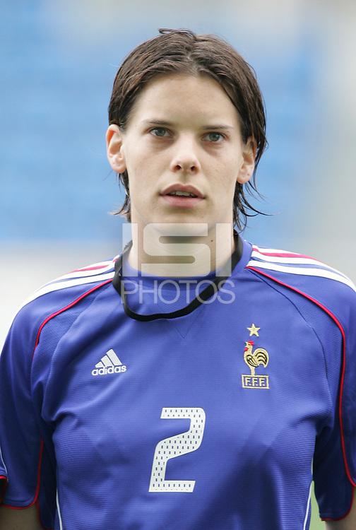 MAR 15, 2006: Faro, Portugal:  Delphine Blanc