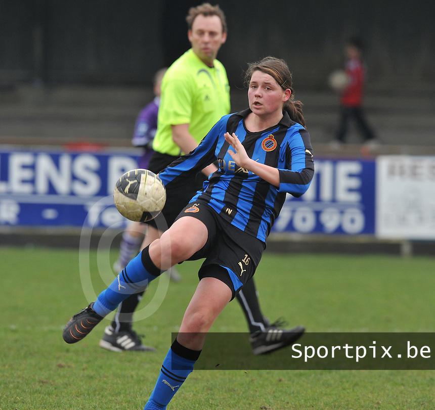 Dames Club Brugge : Sofie Huyghebaert.foto DAVID CATRY / Vrouwenteam.be