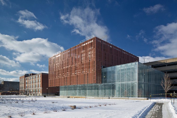 The Ohio State University North Campus Chiller Plant   Leers Weinzapfle Associates & GBBN