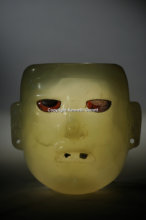 Greatest Aztecs; MM7677; Mexico City; Mexico; Templo Mayor Museum, Alabaster mask, Teotihuacan, heirloom piece