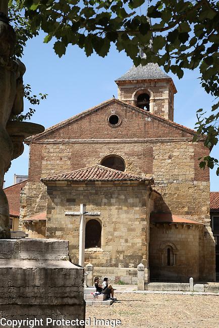 Santa Ana Square and Church, Leon, Spain