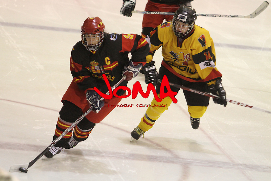 01.04.2013 Puigcerda, Spain. IIHF Ice Hockey Women's World Championship Div II Group B. Picture show Maria Gurrea  in action during Game between Spain against Belgium