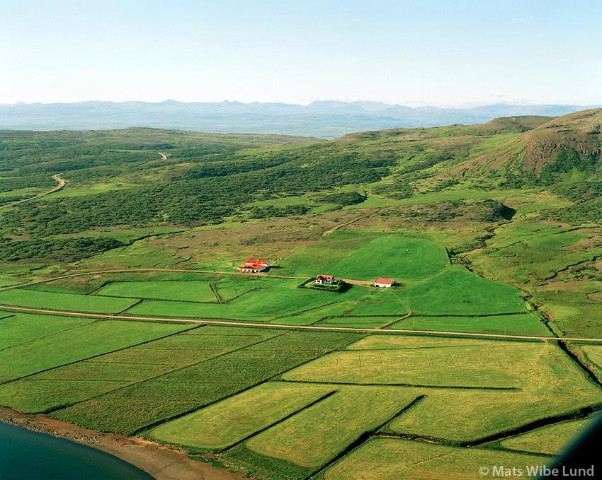 Grund séð til norðvesturs, Skorradalshreppur / Grund viewing northwest, Skorradalshreppur.