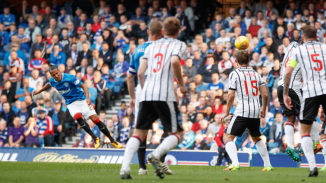 Bruno Alves scores for Rangers