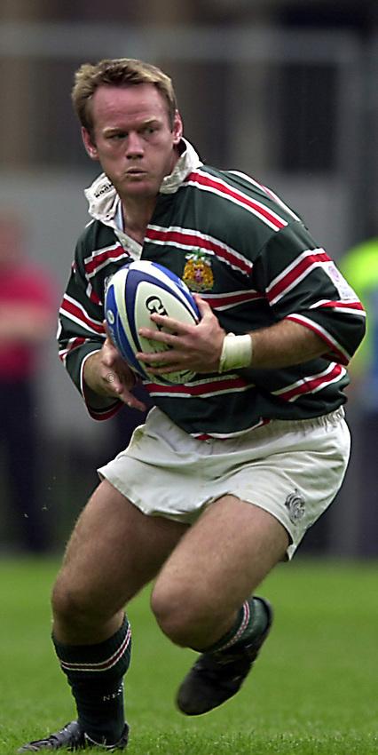 Photo. Richard Lane. .Leicester Tigers v Bath. The Zurich Championship Final at Twickenham. 13/5/2001..Pat Howard.