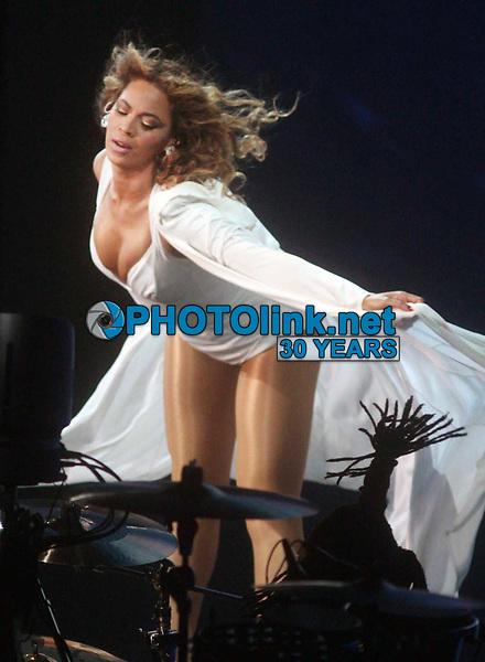 Beyonce<br /> 2009<br /> Photo By John Barrett/CelebrityArchaeology.com