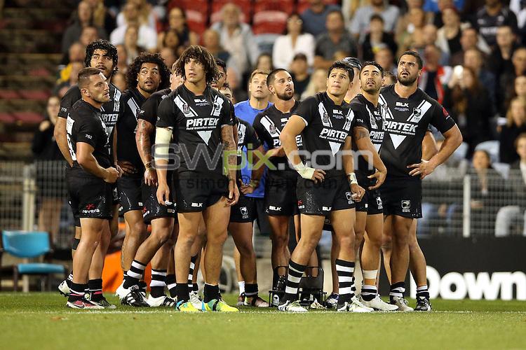 Dejected kiwis<br /> Trans Tasman NZRL Kiwis v Australia Test Match at Hunter Stadium, Newcastle, Australia. Friday 6 May 2016. Photo: Paul Seiser / www.photosport.nz / SWpix.com
