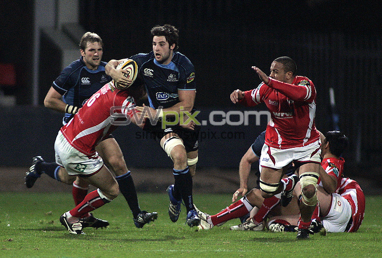 PICTURE BY VAUGHN RIDLEY/SWPIX.COM - Rugby Union - Magners League - Glasgow v Scarlets - Firhill, Glasgow, Scotland - 26/09/08...Copyright - Simon Wilkinson - 07811267706...Glasgow's John Beattie drives forward.