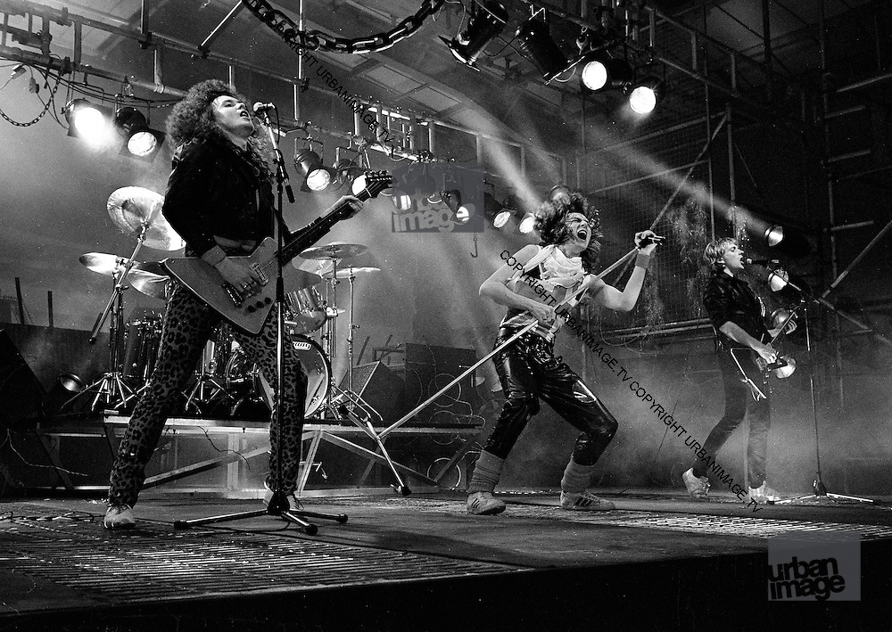 Def Leppard 1983 on set of the Video