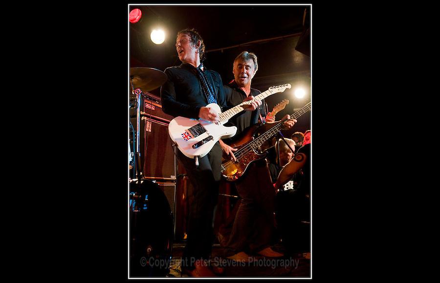 Steve Diggle & Glen Matlock - Making the Modern Scene 2 - Terry Rawlings Benefit - 100 Club - 27-07-2009
