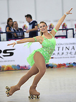 CALI - COLOMBIA - 19 - 09 - 2015: Cassandra Sellars, deportista de Australia, durante la prueba de Solo Danza Obligatorias Mayores Damas, en el LX Campeonato Mundial de Patinaje Artistico, en el Velodromo Alcides Nieto Patiño de la ciudad de Cali. / Cassandra Sellars, sportwoman of Australia, during the Compulsory Solo Dance Senior Ladies   test, in the LX World Championships  Figure Skating, at the Alcides Nieto Patiño Velodrome in Cali City. Photo: VizzorImage / Luis Ramirez / Staff.