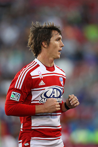 FRISCO, TX - OCTOBER 28: Zach Loyd #17 of FC Dallas during the match against the Chivas USA at FC Dallas Stadium on October 28, 2012 in Frisco, Texas. Photo: Rick Yeatts