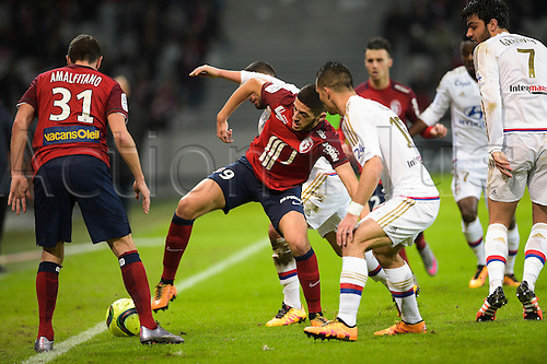21.02.2016. Lille, France. French League 1 football. Lille versus Lyon.  Yassine Benzia (Losc) challenged by FERRI Jordan (Lyon)