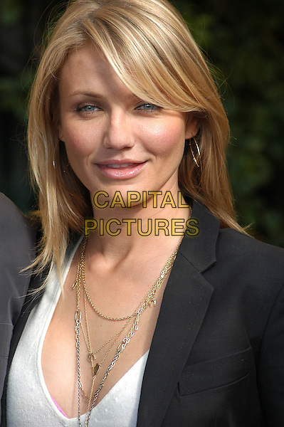 "CAMERON DIAZ.Photocall for ""In Her Shoes"" at the Eden Hotel, Rome, Italy..November 10th, 2005.Ref: CAV.headshot portrait necklaces.www.capitalpictures.com.sales@capitalpictures.com.© Capital Pictures."