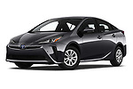 Stock pictures of low aggressive front three quarter view of 2019 Toyota Prius LE 5 Door Hatchback Low Aggressive