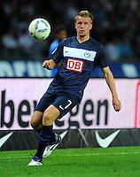 1. Oktober 2011: Berlin, Olympiastadion: Fussball 1. Bundesliga, 8. Spieltag: Hertha BSC - 1. FC Koeln: Berlins Maik Franz am Ball.