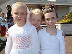 Eva Barnett and Rachel Connell Keogh from LeCheile school who received his first holy communion at the Star of the Sea church Mornington pictured with Eva's sister Abbie. Photo: Colin Bell/pressphotos.ie