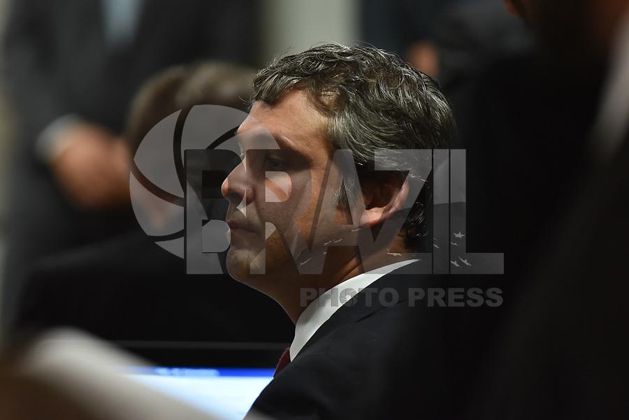 BRASÍLIA, DF, 04.07.2017 - SENADO-CAE - O senador Lindberg Farias durante reunião na Comissão de Assuntos Econômicos do Senado, na manhã desta terça-feira, 04.(Foto: Ricardo Botelho/Brazil Photo Press)