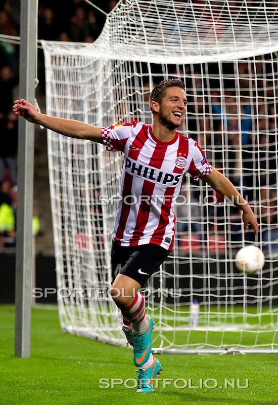 Nederland, Amsterdam, 4 oktober  2012.Seizoen 2012-2013.EuropaLeague.PSV-Napoli.Dries Mertens van PSV juicht na het scoren van de 2-0