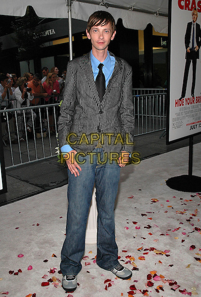 """DJ QUALLS.The premiere of the new film, """"The Wedding Crashers"""", at the Ziegfeld Theater in Manhattan, New York, New York..July 13th, 2005.Photo Credit: Patti Ouderkirk/AdMedia.full length pinstripe suit jacket jeans denim.www.capitalpictures.com.sales@capitalpictures.com.© Capital Pictures."""