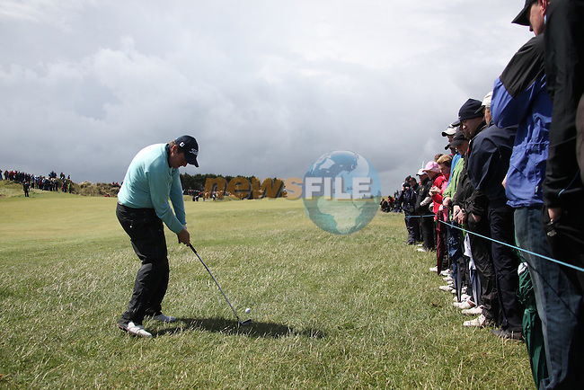Shane Lowry (Am) playing his second shot onto the green on the third hole at the final round at the 3 Irish open in Co Louth Golf Club...Photo: Fran Caffrey/www.golffile.ie..