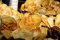 K&auml;severkauf in  Karpacz, Woiwodschaft Niederschlesien (Wojew&oacute;dztwo dolnośląskie), Polen, Europa<br /> Sale of chease in  Karpacz, Poland, Europe