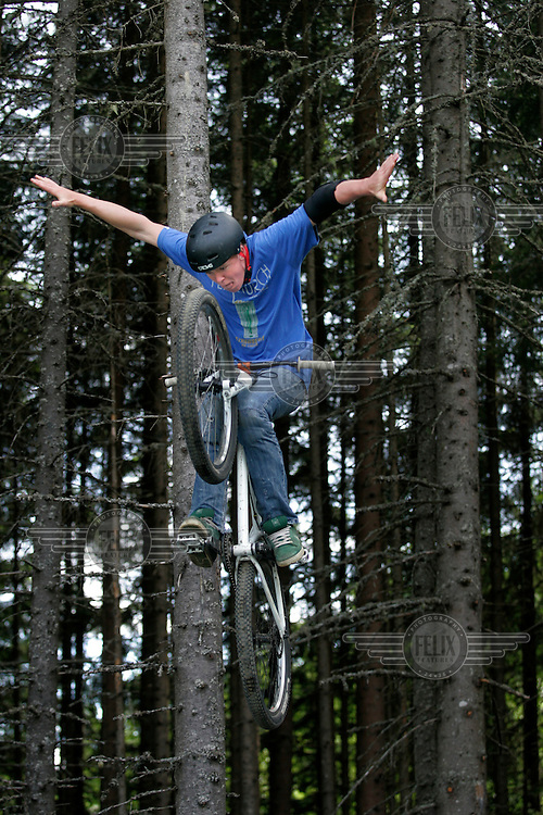 The Extremesport Week, Ekstremsportveko, is the worlds largest gathering of adrenalin junkies. In the small town of Voss enthusiasts in a varitety of extreme sports come togheter every summer to compete and play. Norway..©Fredrik Naumann/Felix Features.