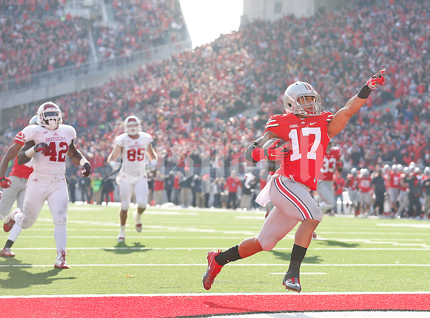 Ohio State Buckeyes running back Jalin Marshall (17) celebrates his TD in the third quarter that put the Buckeyes up for good in the third quarter at Ohio Stadium on 22, 2014. (Chris Russell/Dispatch Photo)