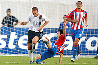 Jimmy Conrad defends his net during the Copa America 2007 in Barinas Venezuela on July 2, 2007.  USA 1, Paraguay 3.