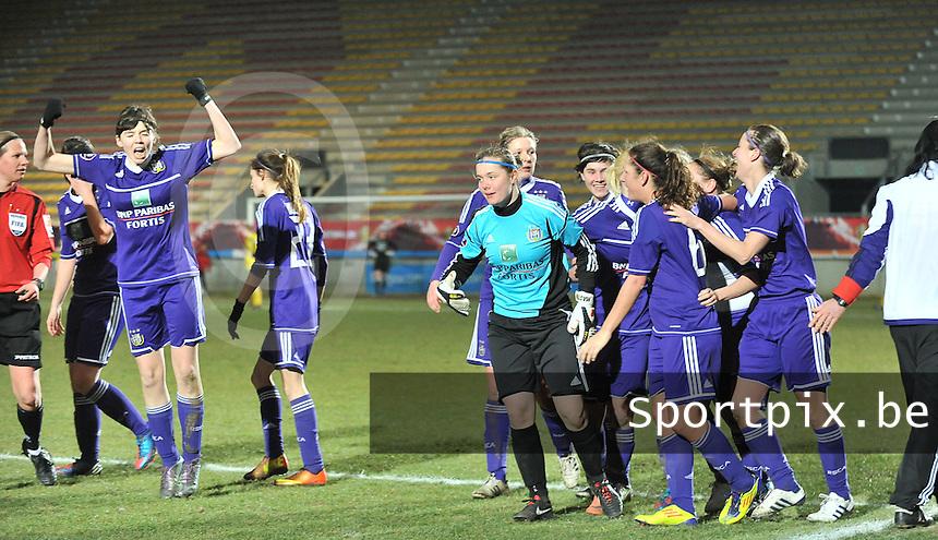 Waasland Beveren Sinaai Girls - RSC Anderlecht : vreugde bij Anderlecht.foto DAVID CATRY / Nikonpro.be