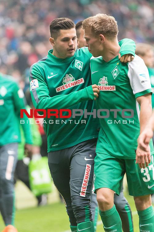 16.05.2015, Weser Stadion, Bremen, GER, 1.FBL. Werder Bremen vs Borussia Moenchengladbach, im Bild<br /> <br /> <br /> Marnon Busch (Bremen #38)  und Janek Sternberg (Bremen #37)<br /> <br /> Foto &copy; nordphoto / Kokenge