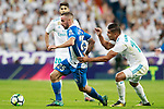 Real Madrid's Carlos Henrique Casemiro (r) and RCD Espanyol's Sergi Darder during La Liga match. October 1,2017. (ALTERPHOTOS/Acero)