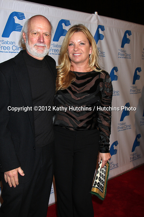 LOS ANGELES - NOV 19:  James Burrows arrives to the The Saban Free Clinic's Gala at Beverly Hilton on November 19, 2012 in Beverly Hills, CA