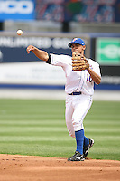April 12, 2009:  Second Baseman Hector Pellot (10) of the St. Lucie Mets, Florida State League Class-A affiliate of the New York Mets, during a game at Tradition Field in St. Lucie, FL.  Photo by:  Mike Janes/Four Seam Images