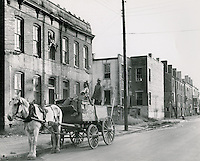 UNDATED..Assisted Housing..Tidewater Gardens (6-2 & 6-9)...Slum Conditions.Neal Clark Jr..NEG#.NRHA#..