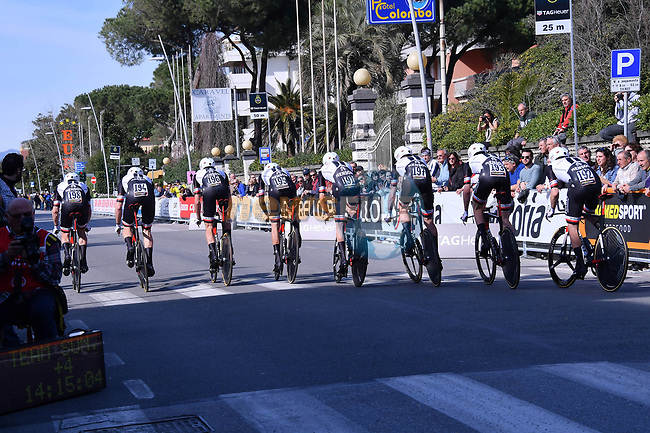 Team Sunweb power off the start ramp of the 1st stage of the race of the two seas, 52nd Tirreno-Adriatico by NamedSport a 22.7km Team Time Trial around Lido di Camaiore, Italy. 8th March 2017.<br /> Picture: La Presse/Gian Mattia D'Alberto | Cyclefile<br /> <br /> <br /> All photos usage must carry mandatory copyright credit (&copy; Cyclefile | La Presse)