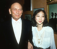 Yul Brynner and wife Kathy 1985<br /> Photo By Adam Scull/PHOTOlink.net