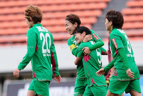 (L to R) <br /> Azusa Iwashimizu, <br /> Yu Nakasato (Beleza), <br /> OCTOBER 31, 2015 - Football / Soccer : <br /> Plenus Nadeshiko League 2015 <br /> between NTV Beleza 2-0 Jef Chiba Ladies <br /> at Komazawa Olympic Park Stadium, Tokyo, Japan. <br /> (Photo by AFLO SPORT)