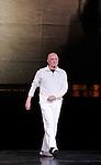 PROUST OU LES INTERMITTENCES DU COEUR (1974)....Choregraphie : PETIT Roland..Lumiere : DESIRE Jean Michel..Costumes : SPINATELLI Luisa..Decors : MICHEL Bernard..Avec :..PETIT Roland..Lieu : Opera Garnier..Compagnie : Ballet National de l'Opera de Paris..Orchestre de l'Opera National de Paris..Ville : Paris..Le : 26 05 2009....© Laurent PAILLIER / photosdedanse.com..All rights reserved