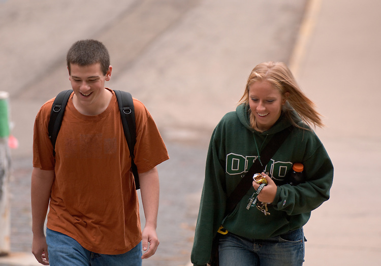 17805Campus Shots: Students...Bethany Wilson, Matt Starkey