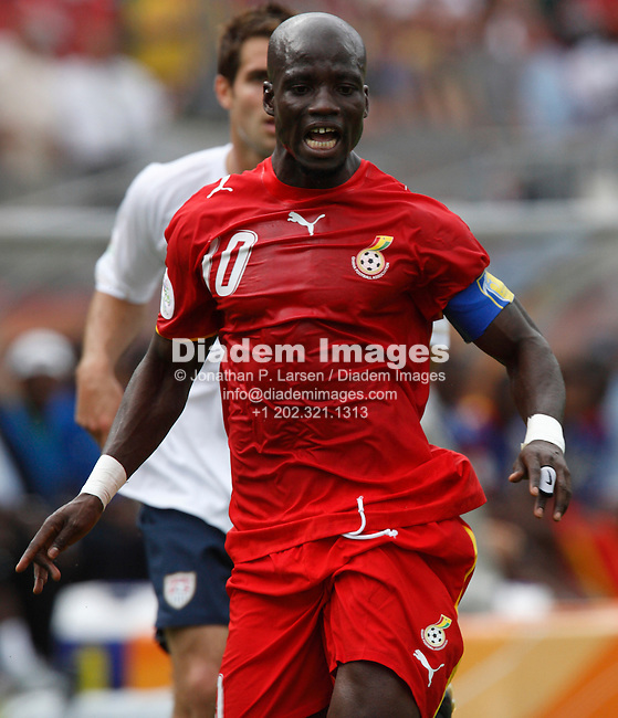 NUREMBERG, GERMANY - JUNE 22:  Stephen Appiah of Ghana in action during a 2006 FIFA World Cup soccer match against the United States June 22, 2006 in Nuremberg, Germany.  (Photograph by Jonathan P. Larsen)