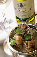 """Europe/France/Bourgogne/21/Côte d'Or/Puligny-Montrachet: Escargots de Bourgogne en coquillé, sauce persil, recette de Thierry Berger chef de l'hôtel restaurant """"Le Montrachet"""""""