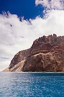 Kaholo Pali sea cliff , 194 feet (59.13m) high, South Lāna'i, Lāna'i aka Pineapple Island because of its past as an island-wide pineapple plantation of Dole, the sixth-largest island of the Hawaiian Islands, Hawaii, USA, Pacific Ocean