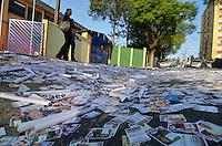 ATENÇÃO EDITOR: FOTO EMBARGADA PARA VEÍCULOS INTERNACIONAIS - SÃO BERNARDO DO CAMPO, SP, 07 DE OUTUBRO DE 2012 – ELEIÇÕES 2012 - Movimentação na escola Clarice Magalhães Castro em São Bernardo do Campo na manhã deste domingo. (FOTO: LEVI BIANCO / BRAZIL PHOTO PRESS)