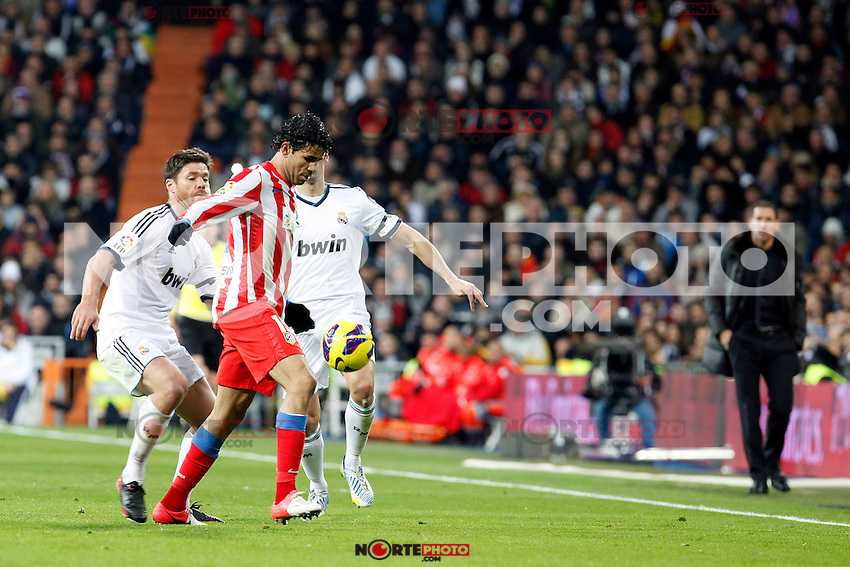 Xabi Alonso and Diego Costa during La Liga Match. December 01, 2012. (ALTERPHOTOS/Caro Marin)