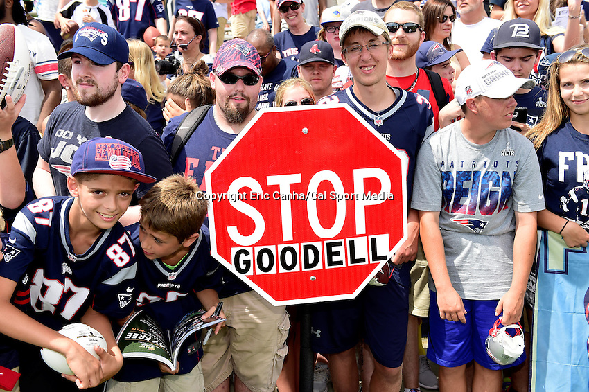 Thursday, July 28, 2016: Fans line the edge of the practice fields some holding signs at the New England Patriots training camp held on the practice fields at Gillette Stadium in Foxborough Massachusetts. Eric Canha/CSM