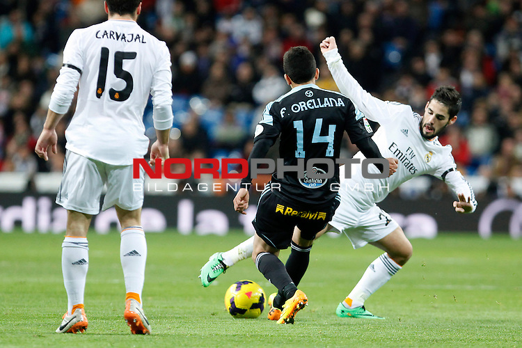 Real Madrid¬¥s Isco (R) and Celta de Vigo¬¥s Orellana  during La Liga match in Santiago Bernabeu stadium in Madrid, Spain. January 06, 2014. Foto © nph / Victor Blanco)