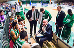 S&ouml;dert&auml;lje 2015-04-10 Basket SM-Semifinal 5 S&ouml;dert&auml;lje Kings - Sundsvall Dragons :  <br /> S&ouml;dert&auml;lje Kings tr&auml;nare headcoach coach Vedran Bosnic i aktion under en timeout under matchen mellan S&ouml;dert&auml;lje Kings och Sundsvall Dragons <br /> (Foto: Kenta J&ouml;nsson) Nyckelord:  S&ouml;dert&auml;lje Kings SBBK T&auml;ljehallen Sundsvall Dragons tr&auml;nare manager coach